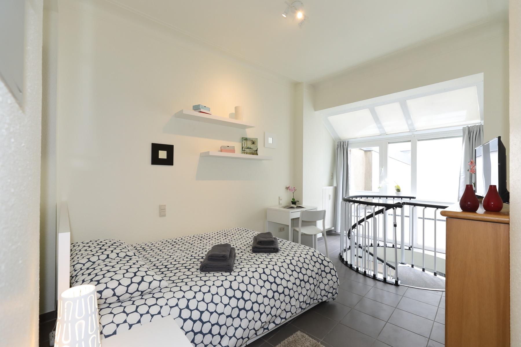 Atypical duplex downtown – GRR